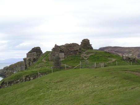 Haggis Tour Scotland05-04-16 042 Castle
